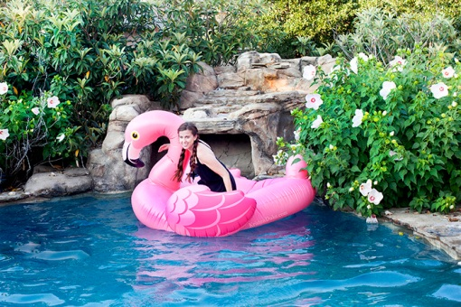 Flamingo-Pool-Float-Pictures-8