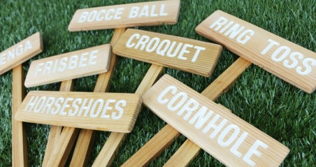 Yard-game-signs-feature